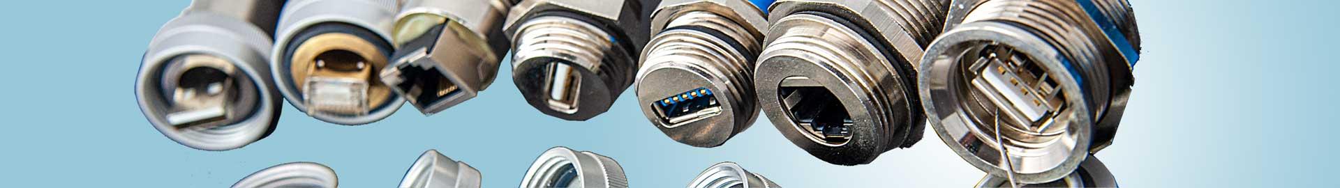 USB-Schnittstellen, RJ-Steckverbindungen und FireWire